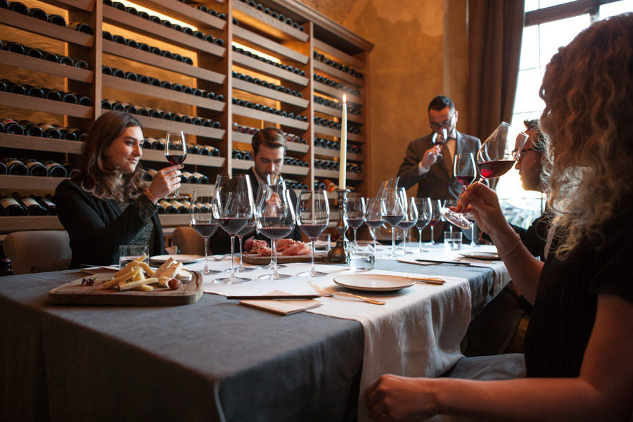 BuonCaffe_wine-tasting-1